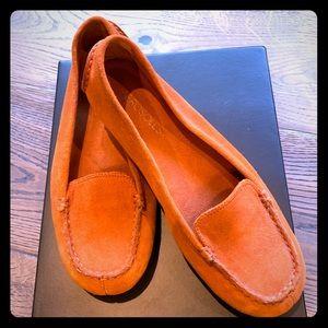 New Aerosoles Orange moccasins